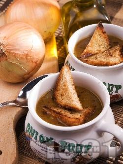 Оригинална френска лучена супа - класическа рецепта - снимка на рецептата